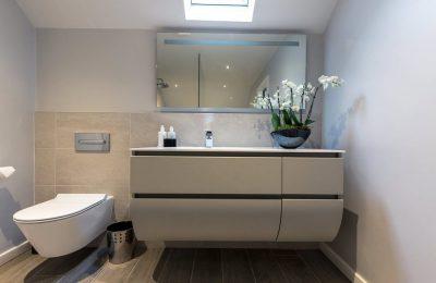 Bathroom-Suite-Three-Interiors-4-1000x650