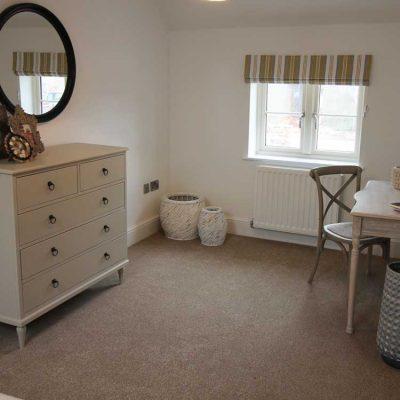 bed-3-dresser-desk-750px